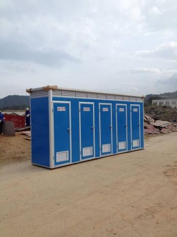 隴南簡易彩鋼移動廁所