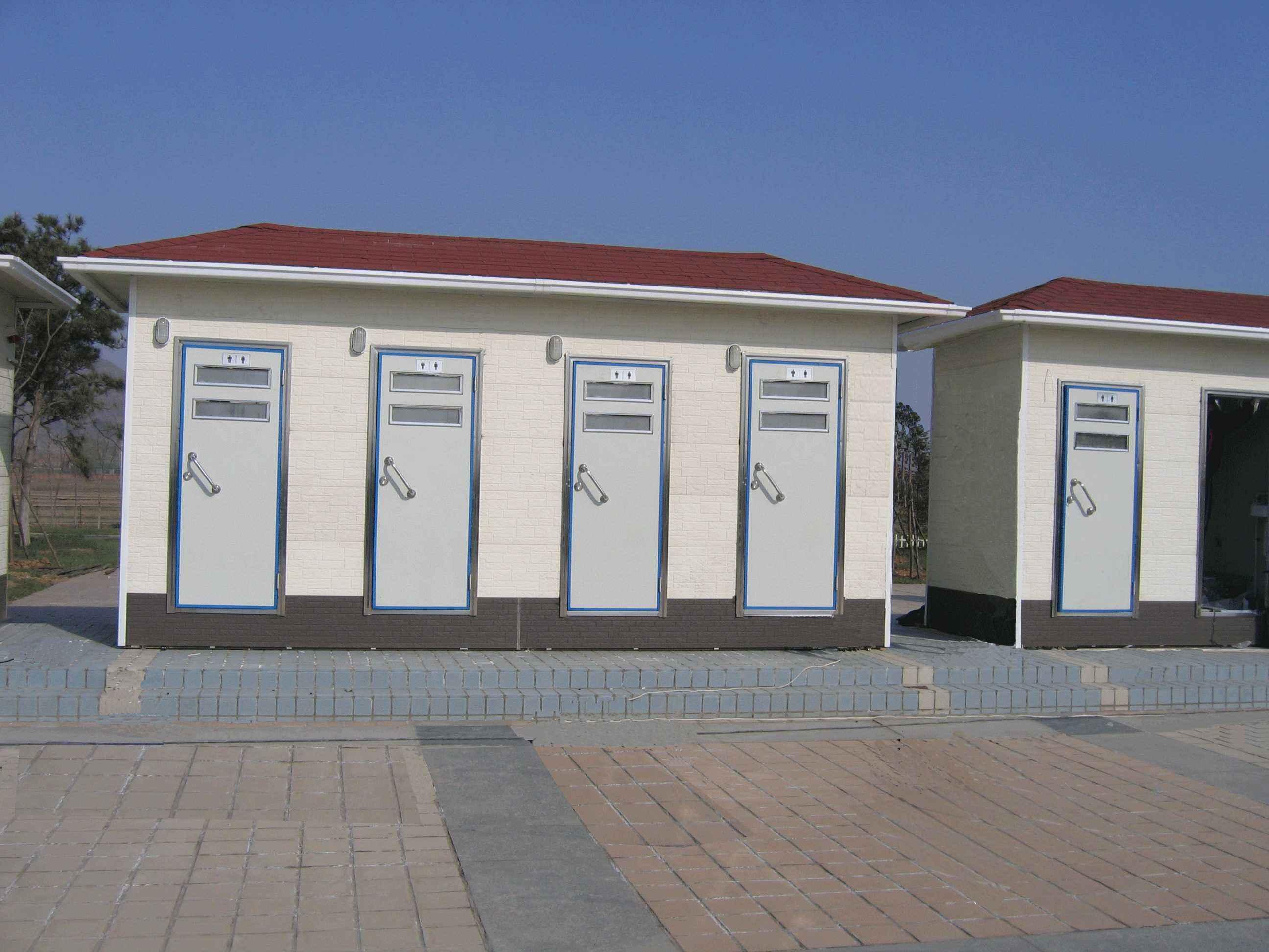 移動廁所在冬季使用的注意事項有哪些.jpg